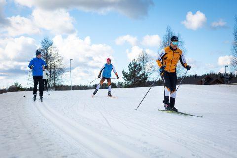 hiihtäjät himos jämsän seudulla
