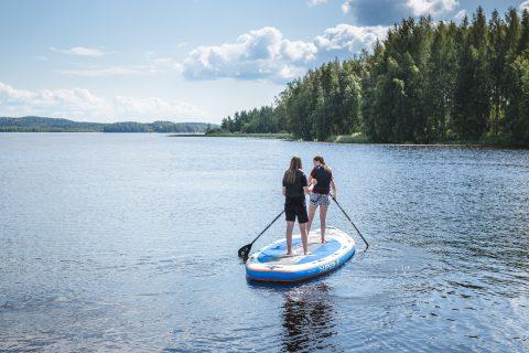 suppailijat järvellä himos jämsä